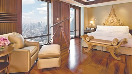 The five-star Peninsula Bangkok hotel